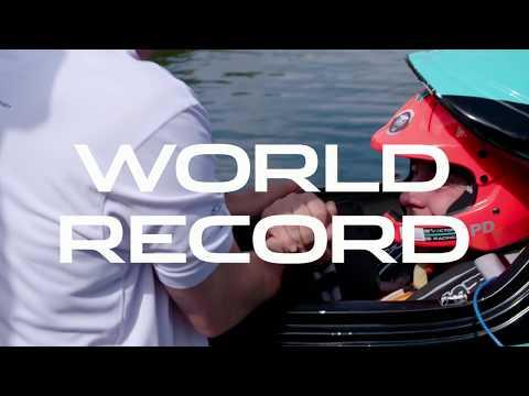 Record du monde de vitesse en bateau électrique